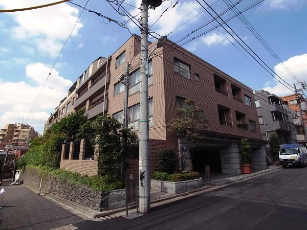ライオンズマンション南青山グランフォートの外観画像