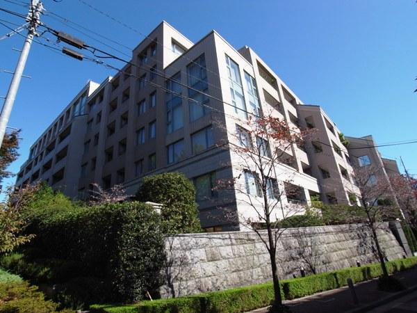 麻布霞町パークマンションの外観画像