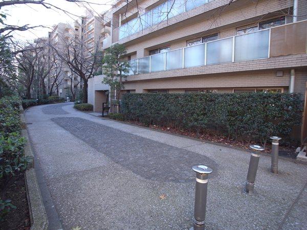 山王ガーデンハイツのその他(外観、エントランス、前面の通り等)
