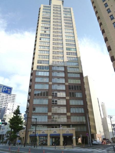横濱ユーロタワー山下公園の外観
