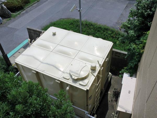 受水槽(1F東側/ヒシタンク) 2015年7月12日撮影
