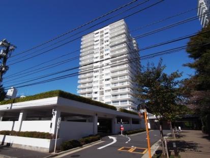三田綱町パークマンションの外観