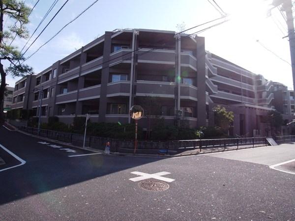 D'グランセ駒沢大学の外観