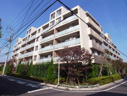 ザ・パームス世田谷桜の外観