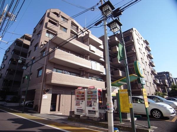 コスモ東高円寺ロイヤルフォルムの外観