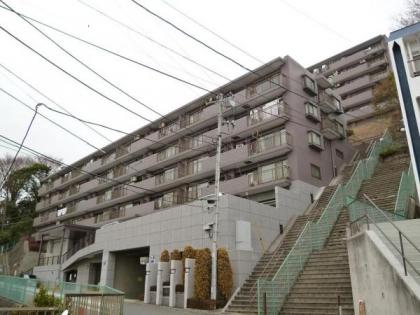 コスモ横浜和田町ヒルズの画像1枚目(外観、エントランス、前面の通り等)