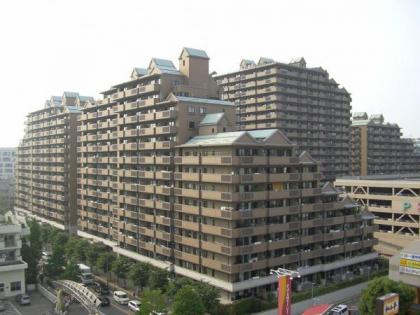 パークシティ横濱の画像1枚目(外観、エントランス、前面の通り等)