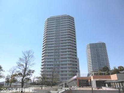 ニューシティ東戸塚ルパルクシエルの画像1枚目(外観、エントランス、前面の通り等)