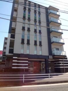 イクシア横浜いずみ中央の画像1枚目(外観、エントランス、前面の通り等)