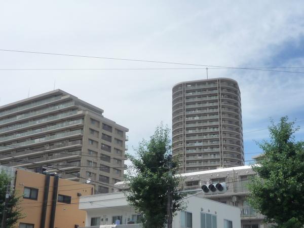 エスタテラ湘南台プラザタワーの画像1枚目(外観、エントランス、前面の通り等)